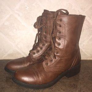 NWOT Combat Boots